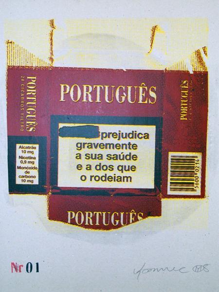 Português prejudica, silkscreen on cardboard. Yonamine, 2008.