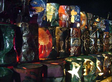 Mario Benjamin em colaboração com os artistas da Gran Rue_ André Eugène, Celeur Jean-Herad, Franz Jacques dit Guyodo Carvaval, 2008. Char du ministère de la cultura en Haiti.