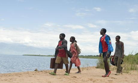 Cena do filme AFRICA UNITED, 2010, da realizadora Debs Gardner-Paterson (Reino Unido / Ruanda / África do Sul)