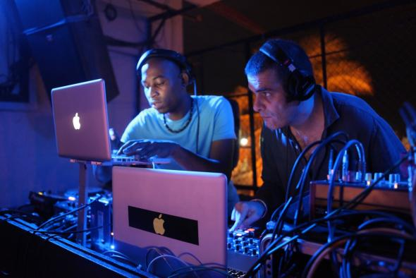 DJs Satelite e Marco Messina, foto de Rita Soares