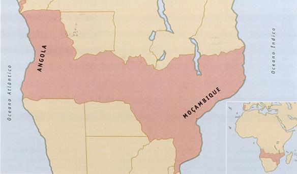 Mapa desenhado em finais do século XIX. Conhecido por mapa cor-de-rosa, representa a pretensão de Portugal sobre os territórios da África Austral, ligando Angola a Moçambique, sobre o que hoje são Zâmbia, Zimbábue e Malawe.