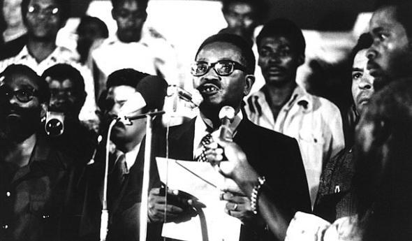 António Agostinho Neto (declaração de independência de Angola, Novembro de 1975, Luanda)