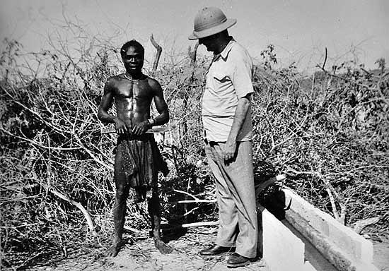 Gilberto Freyre with a shepherd in the Namibia Desert, 1952.