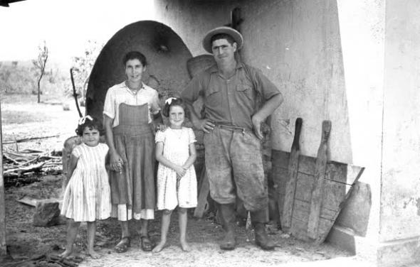 A Portuguese settler family at Cela settlement (South Cuanza, Angola), 1960