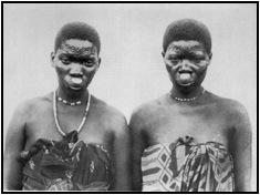 Mulheres Makhuwa fotografadas por Weule, em 1906
