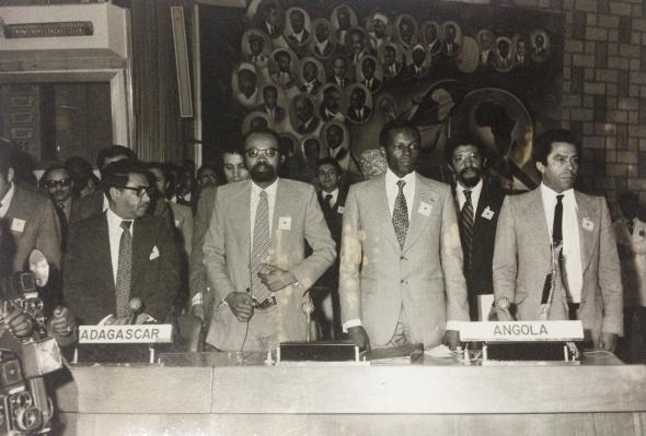 Como José Eduardo dos Santos em representação das Nações Unidas