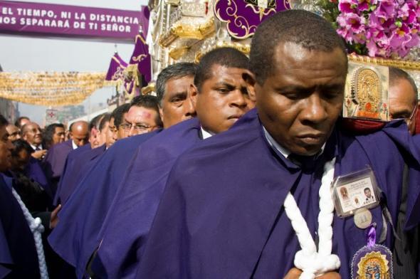 'La Devoción al Señor de los Milagros. Patrimonio Inmaterial del Perú'. José Antonio Benito Rodríguez/Sara Manjón de Garay