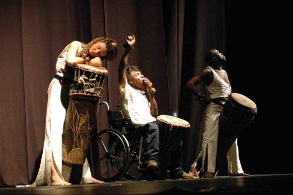 Companhia de Dança Contemporânea de Angola