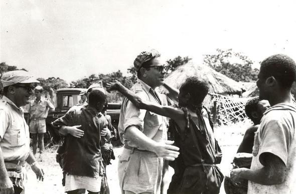 Propaganda da recuperação das populações. Fonte (PT/AHD/MU/GM/GNP/RNP/0607/02682), Recuperação das populações no distrito do Uíge e Zaire. Direcção dos Serviços de Centralização e Coordenação de Informações (Luanda).