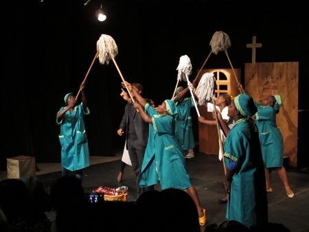 'Louco por mulheres', de José Silveira, Miragens Teatro
