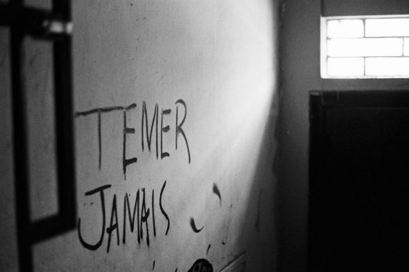 'Entramos num buraco cada vez mais fundo – o abismo nos espreita – e o Estado do Rio de Janeiro é o retrato da calamidade (pública)'. foto de isidro martins