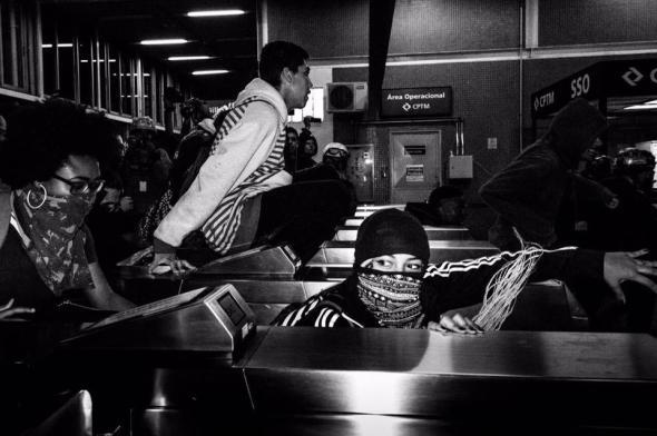 catracaço dos secundaristas em luta em São Paulo, foto ativistimo