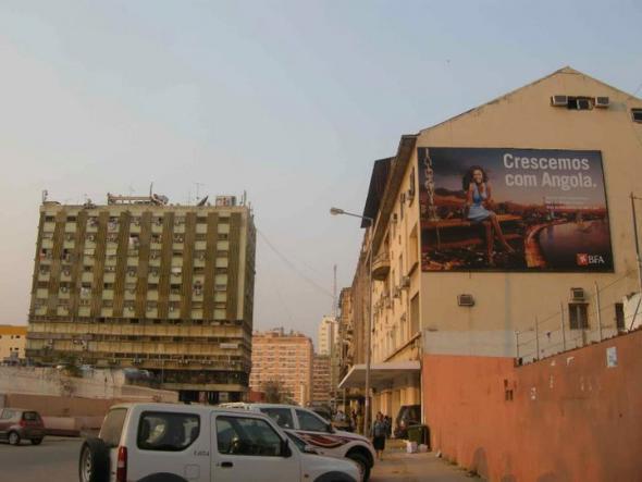 rua rainha ginga, Luanda