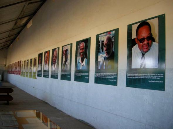 cela dos presos angolanos