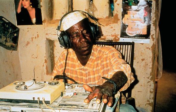 La vie sur terre de Abderrahmane Sissako 1999