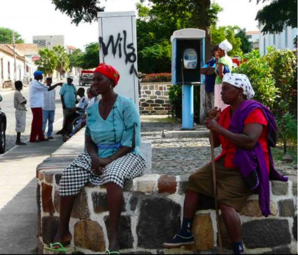 mulheres no Tarrafal, foto de MLança