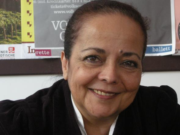 Ana Paula Tavares, fotografia de Marta Lança