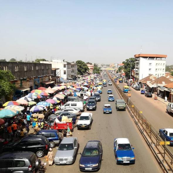avenida do mercado do Bandim, Bissau, foto de Marta Lança 2019