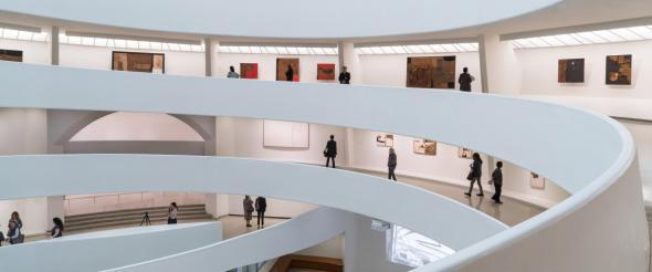 espiral que Frank Lloyd Wright projetou para o Guggenheim