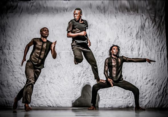 O monstro está em cena | Foto Rui Tavares © CDC Angola