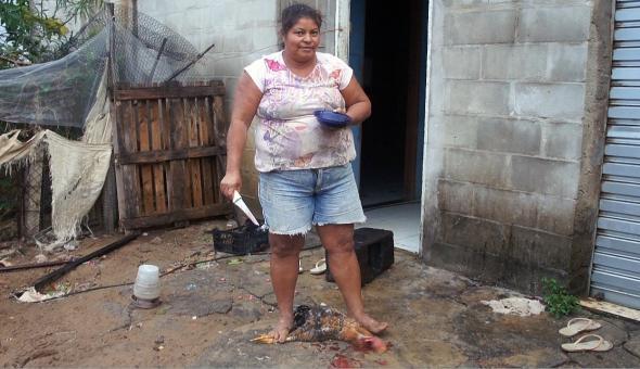 Dona Elza. Comunidade de Degredo na foz do Rio Doce, Espírito Santo.