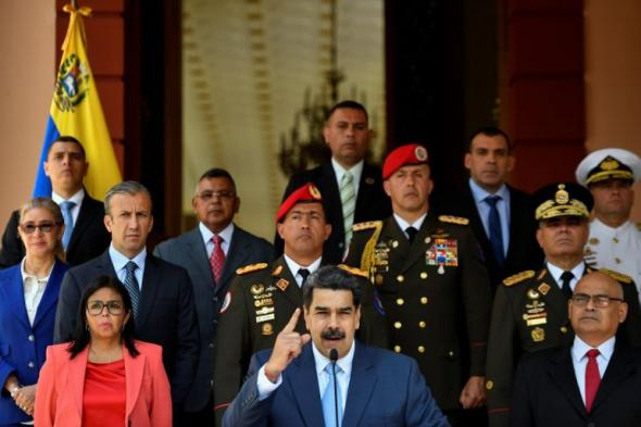 As Forças Armadas venezuelanas reiteraram o apoio a Nicolás Maduro (AP)