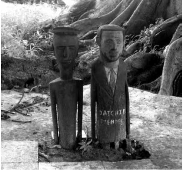 Estatuetas representação dos espíritos, Bachil / Caheu (Foto Miguel de Barros, 2013)