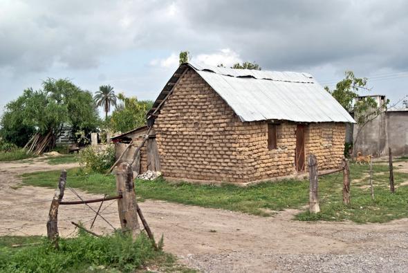 Casa tradiional dos mascogos em El Nacimiento