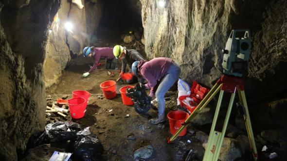 Escavação da gruta de Drežničko polje, Setembro de 2020.