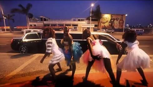 Do videoclip de 'Olha o Boneco'