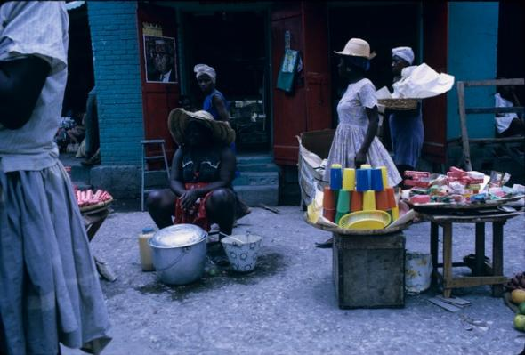 Haitian Market, circa 1970. Bryant Slides Collection. Special Collections & University Archives, University of Central Florida Libraries/Digital Library of the Caribbean.