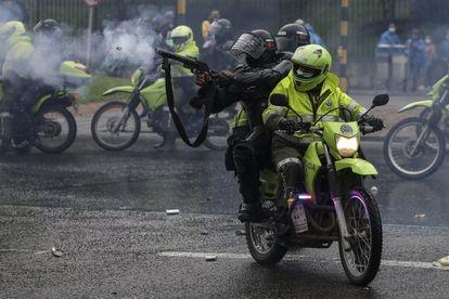 A brutalidade policial na Colômbia marcou o último mês no país (Ivan Valencia)