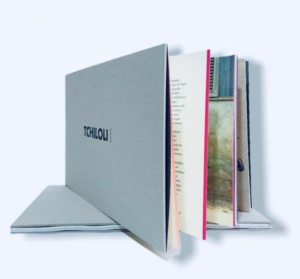 Livro 'Tchiloli Unlimited' de René Tavares