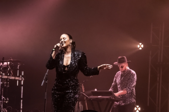 Mayra Andrade in concert at the Coliseum in Porto. Bruno Ferreira