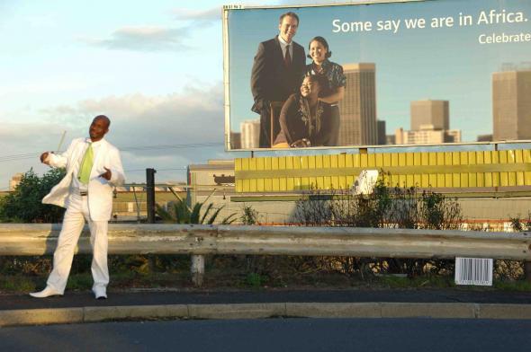 Kiluanji Kia Henda, 2008. Some say we are in África, digital chromogenic print on matt paper, 150cm x100cm.