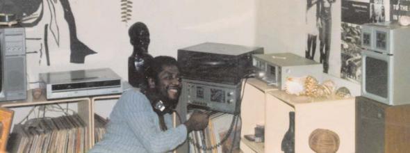 Filipe Zau, Dj (Nos finais dos anos 80 no seu apartamento dos Combatentes)