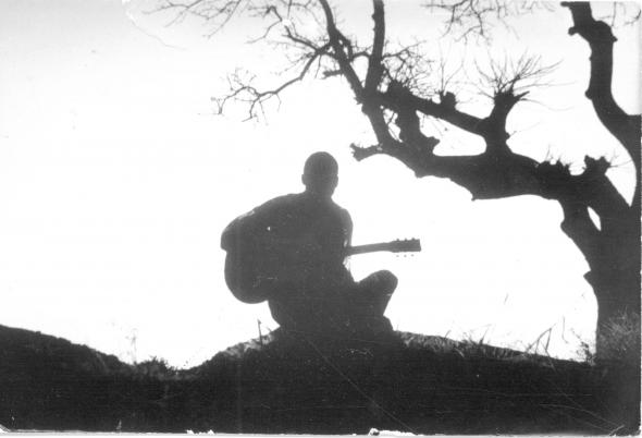 cantor, 'Deixem-me ao menos subir às palmeiras', de Lopes Barbosa