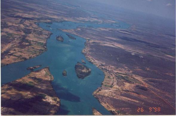 Rio S. Francisco, Brasil