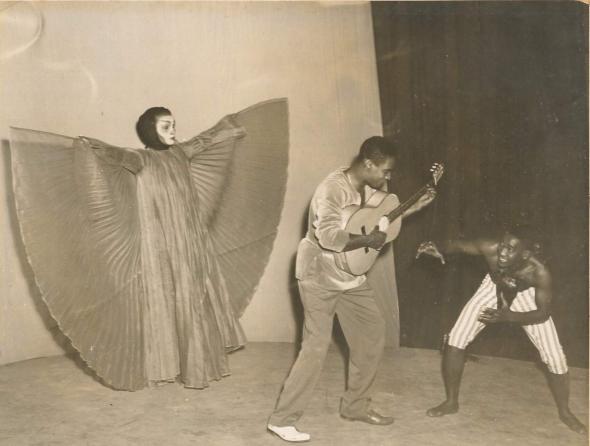 Chica, Haroldo e Kelë em 'Orfeu da Conceição', 1956, Rio, Teatro Municipal