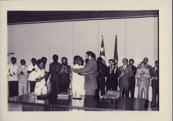 Chegada a Luanda do Comandante Fidel Castro. 23/03/1977
