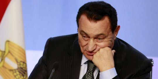 Hosni Moubarak, le 13 juillet 2008, au Grand Palais à Paris.AP/Michel Spingler
