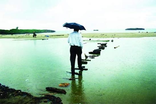 Olu Oguibe, Bridge, 2002.