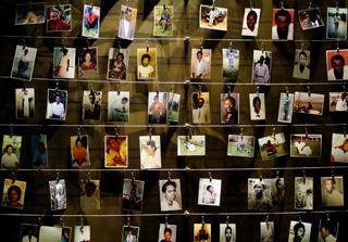 O genocídio do Ruanda fez pelo menos 800 mil vítimas  (Radu Sigheti/Reuters)