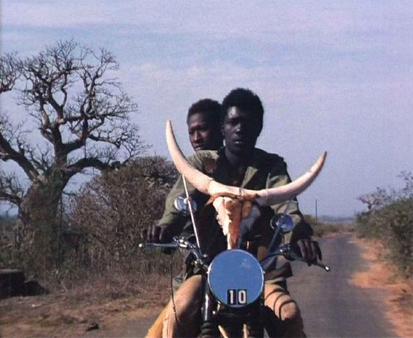 TOUKI BOUKI, de Djibril Diop Mambéty (1973)