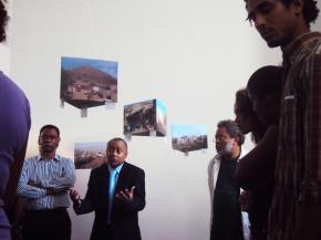 Inauguração de exposição 'Tra k' panhá pa vivê', Fotografia de Rita Rainho 2012.