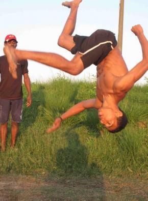 jovem do break dance, maré, RJ, foto de otávio raposo