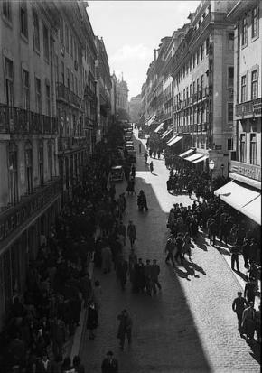 A rua Garret na Lisboa dos anos 40