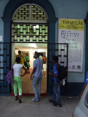 Exposição na galeria da Escola Nacional de Artes Visuais em Maputo. Foto de Jorge Fernandes