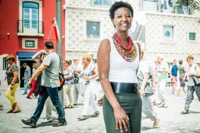 """Beatriz Gomes Dias preside à Associação de Afrodescendentes, fundada em 2016. """"Somos portugueses e negros e existimos, queremos ser reconhecidos"""" Foto Orlando Almeida / Global Imagens"""