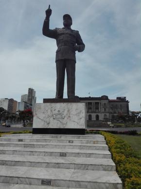 estátua de Samora Machel